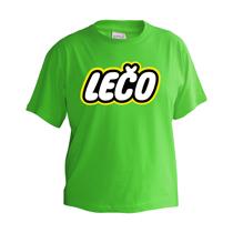 Veselé zelené tričko s krátkymi rukávmi pre deti s nápisom Lečo napodobujúce logo výrobcu hračiek Lego z bavlny