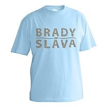 Chlapčenské tričko s krátkymi rukávmi z bavlny svetlo modrej farby s nápisom Brady sláva ktorý má textúru pripomínajúcu fúzy