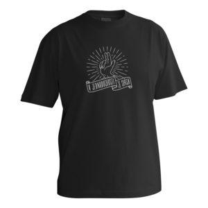 Čierne bavlnené tričko pre chlapcov s krátkymi rukávmi s obrázkom ruky ktorá dáva rozhrešenie a nápis pod ňou prezrádza, že v jednoduchosti je spása.